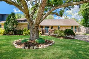 2214 Winged Foot