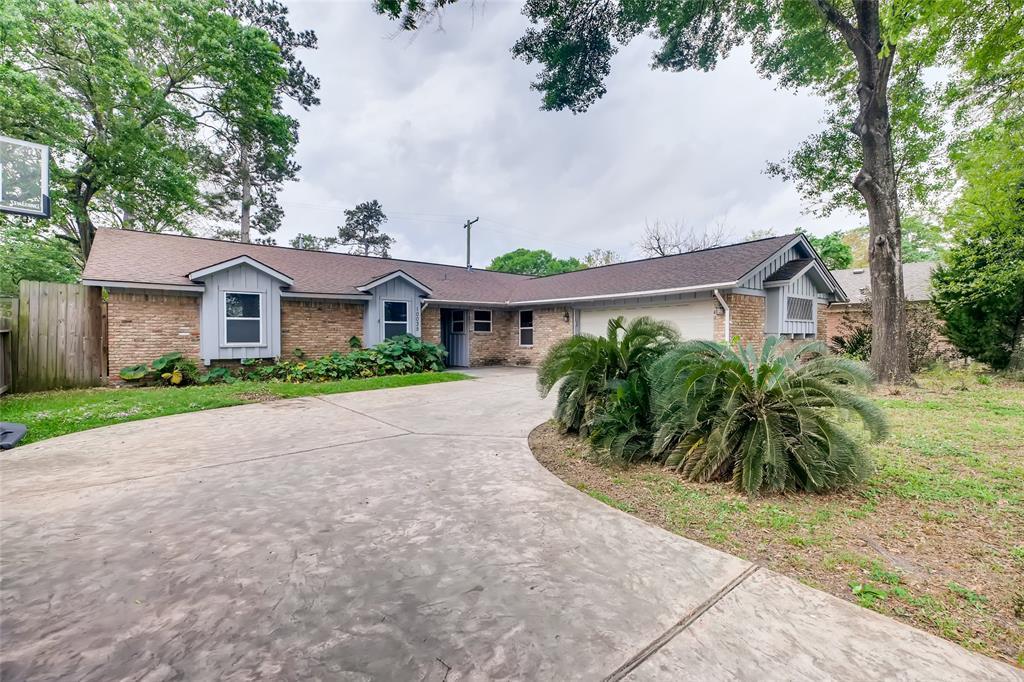 10035 Timberwood Drive, Houston, Texas 77080, 3 Bedrooms Bedrooms, 7 Rooms Rooms,2 BathroomsBathrooms,Single-family,For Sale,Timberwood,43524337