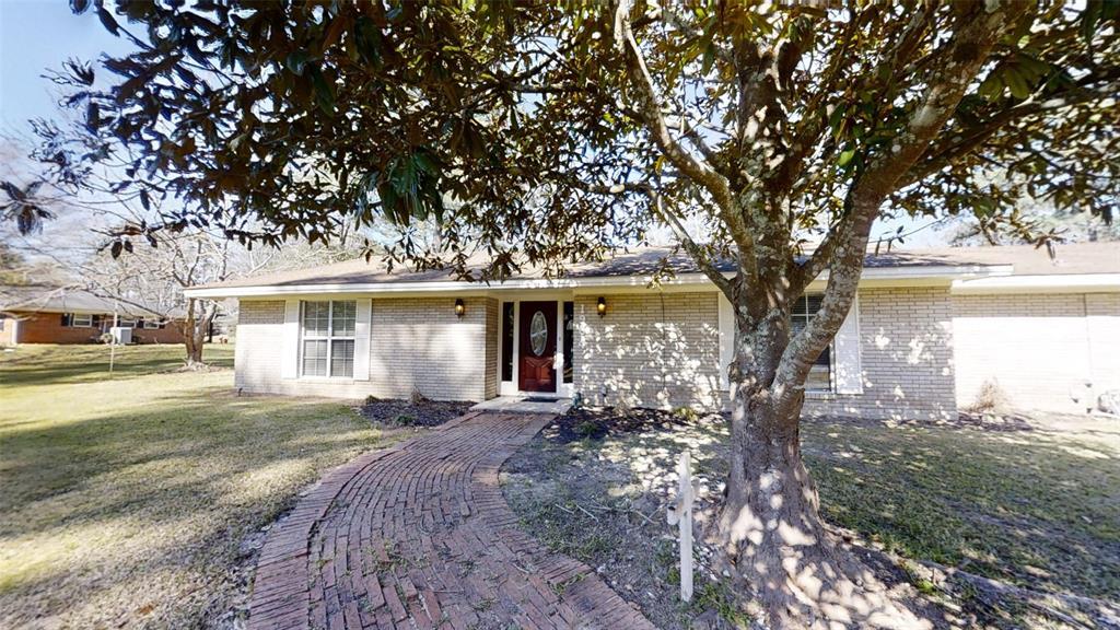 1904 N Pine Street, Woodville, TX 75979
