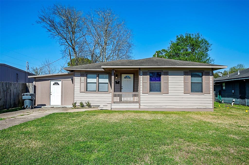 3270 Taft Avenue, Groves, TX 77619