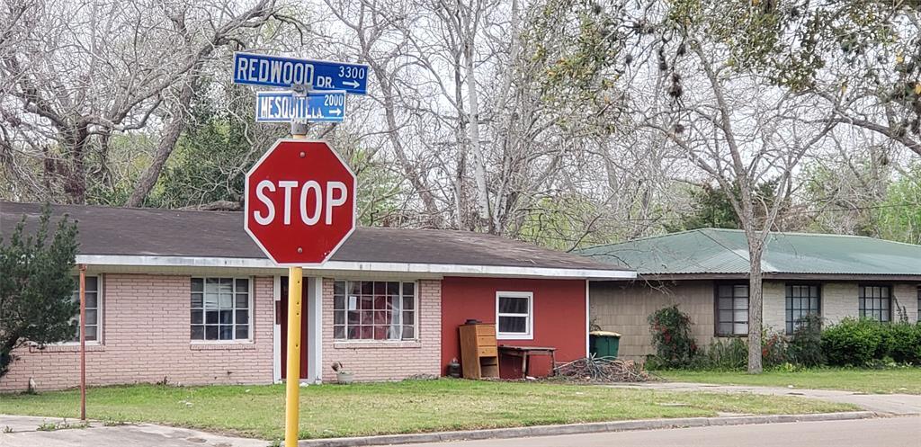 3301 Redwood Drive, Victoria, TX 77901