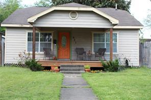 901 Eleanor Street, Houston, TX 77009