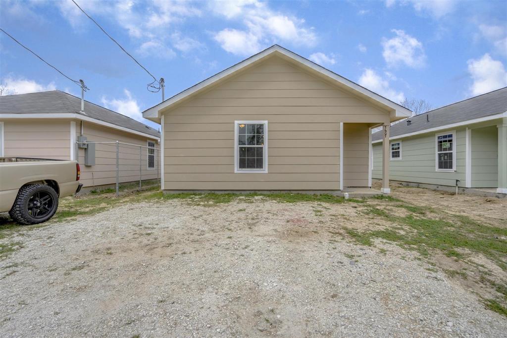 7609 Dyer Street, Houston, TX 77088