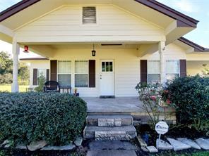 198 County Road 2010, Hardin, TX 77575
