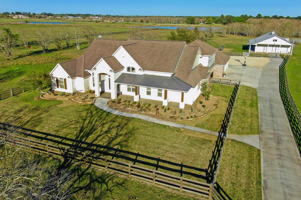 20102 Nichols Road, Hockley, TX 77447