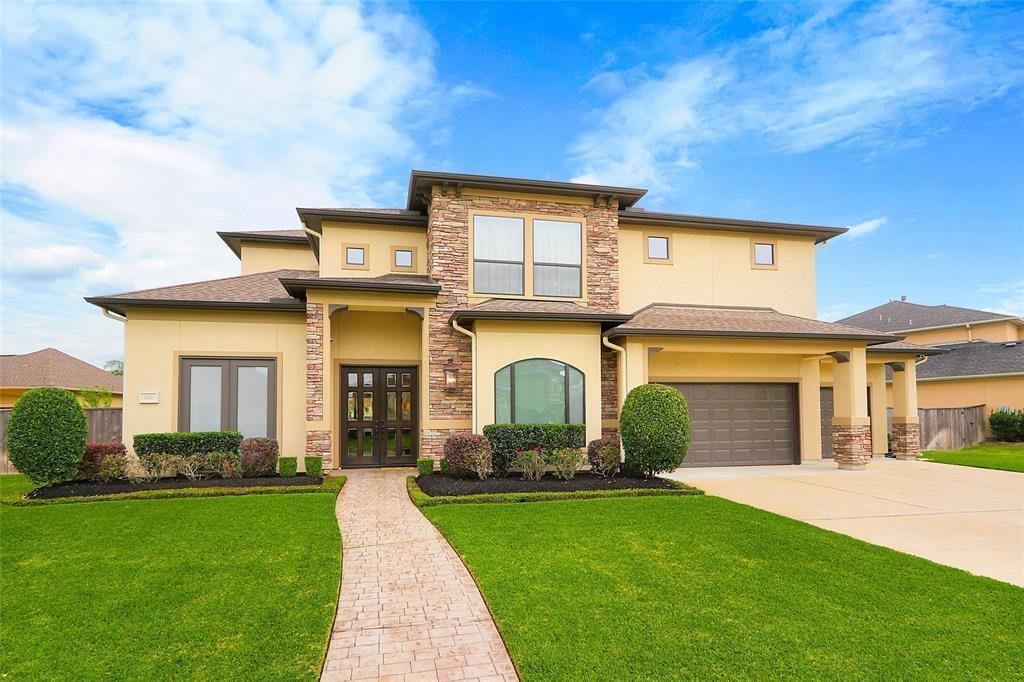 12403 Baymeadow Drive, Pearland, TX 77584