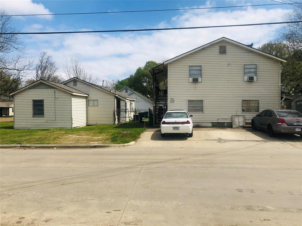 902 Thomas Avenue, Pasadena, TX 77506