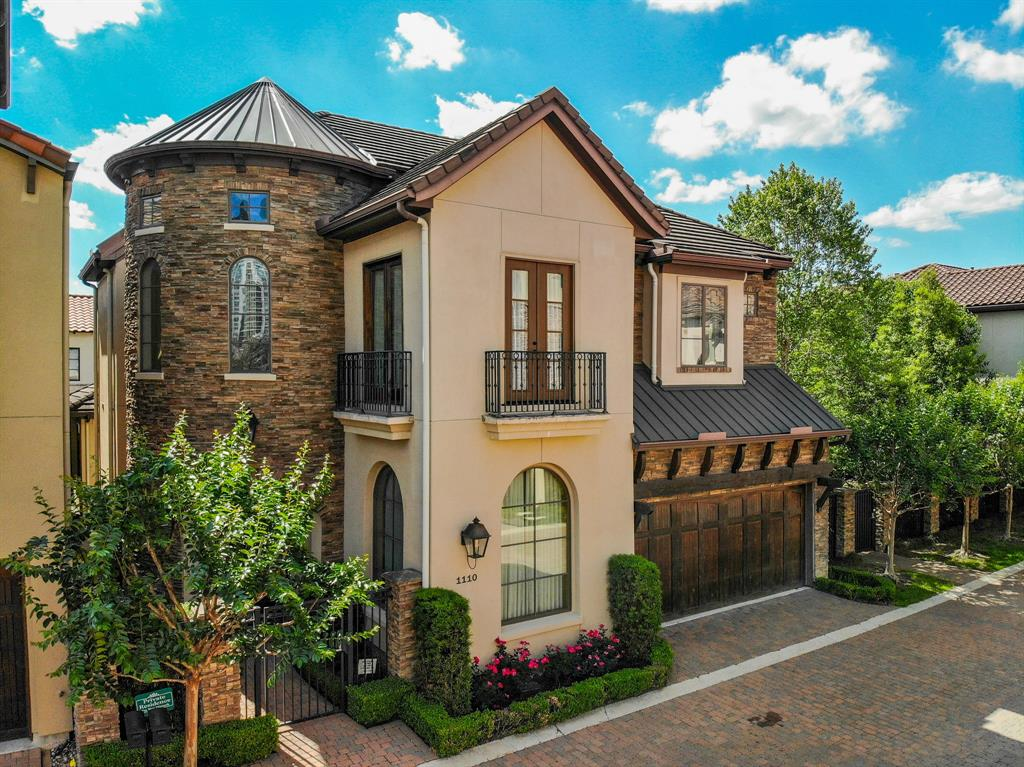 1110 Longmont Place Court, Houston, TX 77056