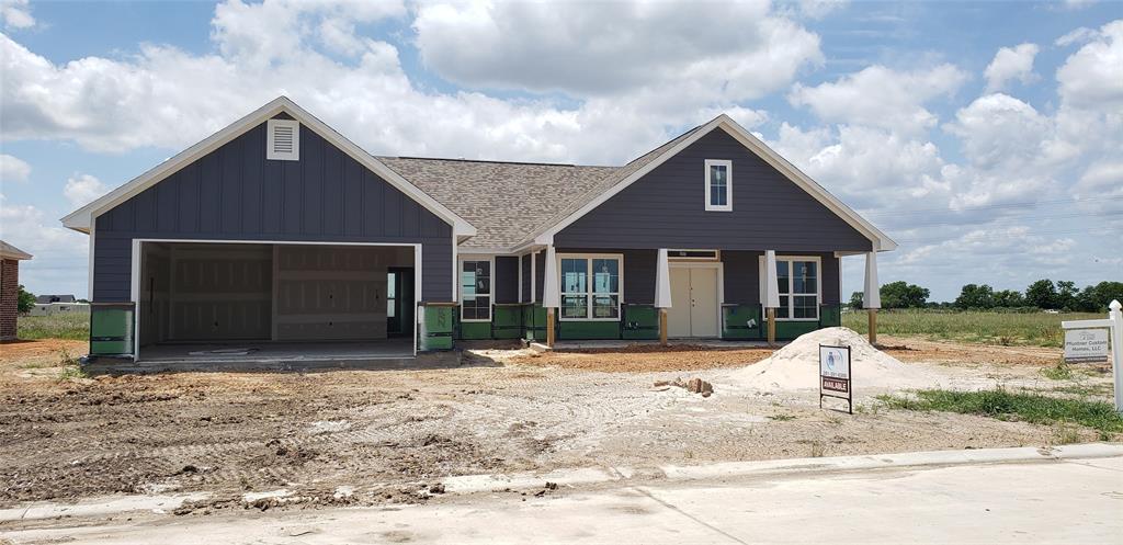 1106 Bernard Meadows, East Bernard, TX 77435