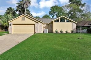8619 Pines Place Drive, Humble, TX 77346