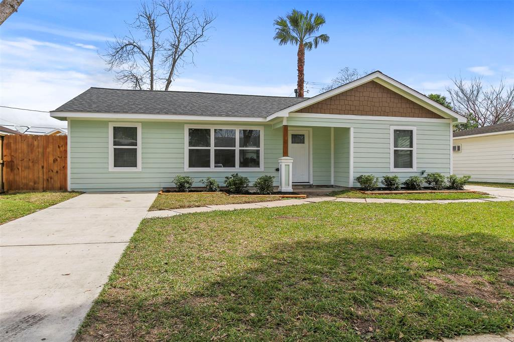 1807 Buchanan Street, Pasadena, TX 77502