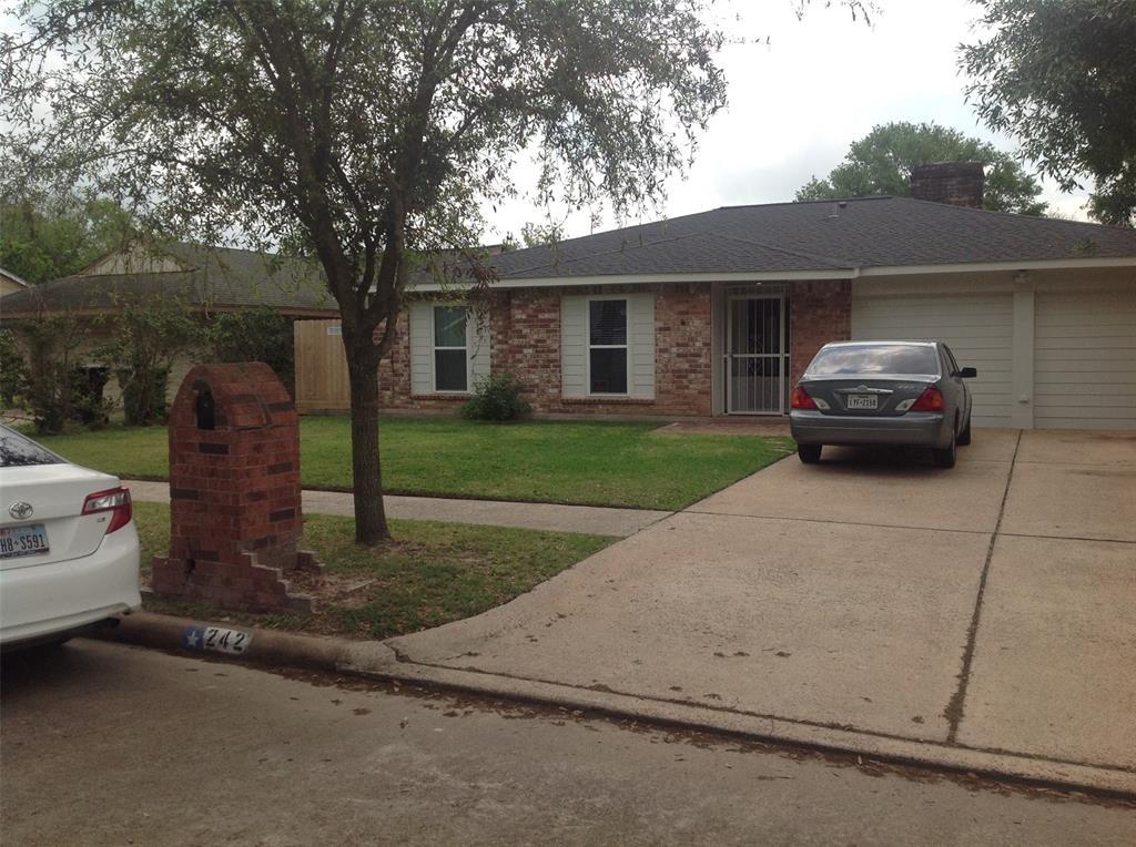 242 N Goodson Dr Drive, Houston, TX 77060