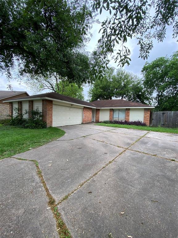 11826 Winter Park Street, Houston, Texas 77067, 3 Bedrooms Bedrooms, 4 Rooms Rooms,2 BathroomsBathrooms,Single-family,For Sale,Winter Park,81216246