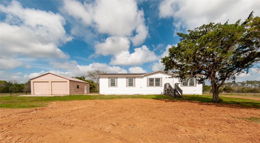 3619 County Road 203, Liverpool, TX 77577
