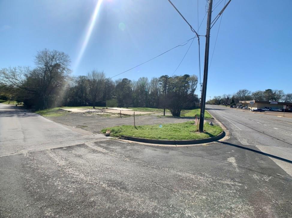 2700 Van Highway, Tyler, TX 75702