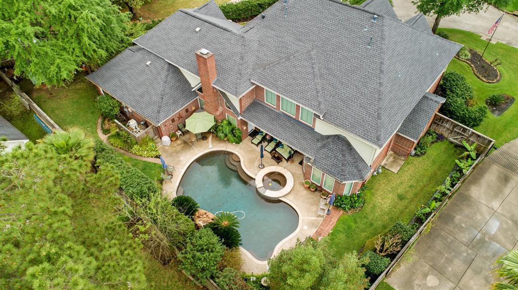 14907 Pine Point Court, Houston, TX 77070