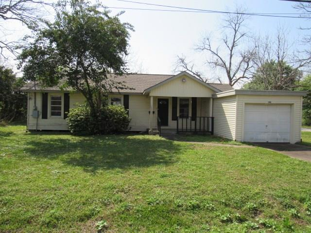 215 Avenue D, Highlands, TX 77562