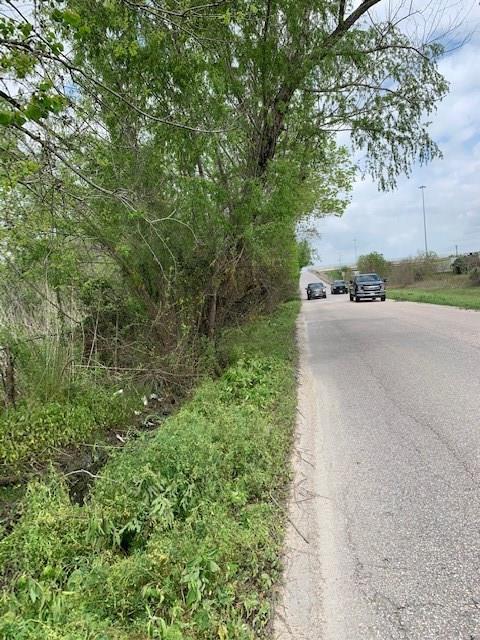 14811 W Hardy Road, Houston, TX 77060
