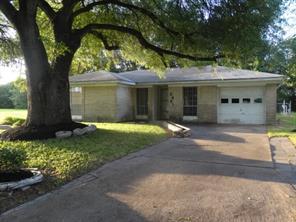 2421 2nd, Texas City TX 77590