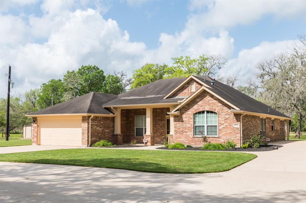 Beautiful One Story home with 4 bedroom 2 1/2 bath on 10.638 unrestricted acres in Rosharon TX. You will love the Open Concept with Split Floor Plan. This property features updates Kitchen with Granite Countertops, New Gas Range, Island with Breakfast Bar, & Custom Cabinets. Large Master Bedroom. Master Bath with Custom Walk-in Shower. Study/Office has built in Cabinets with Gun Safe. Property is fully fence and lots of concrete for additional parking. Workshop has Carport Area for Parking, Large Roll Up Doors on Front and Back, High Ceilings, & Outside Cover Storage Area. Storage Area could be used for Parking Recreation Vehicle, Lawn Mower or Converted into Stalls. Water is ran few different places on the property for Cattle or Horses. Land Currently in Ag Status. Home did flood in 2016 and 2017 (Harvey). Call for an appointment today.