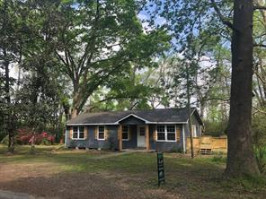 6197 County Road 2252, Cleveland TX 77327