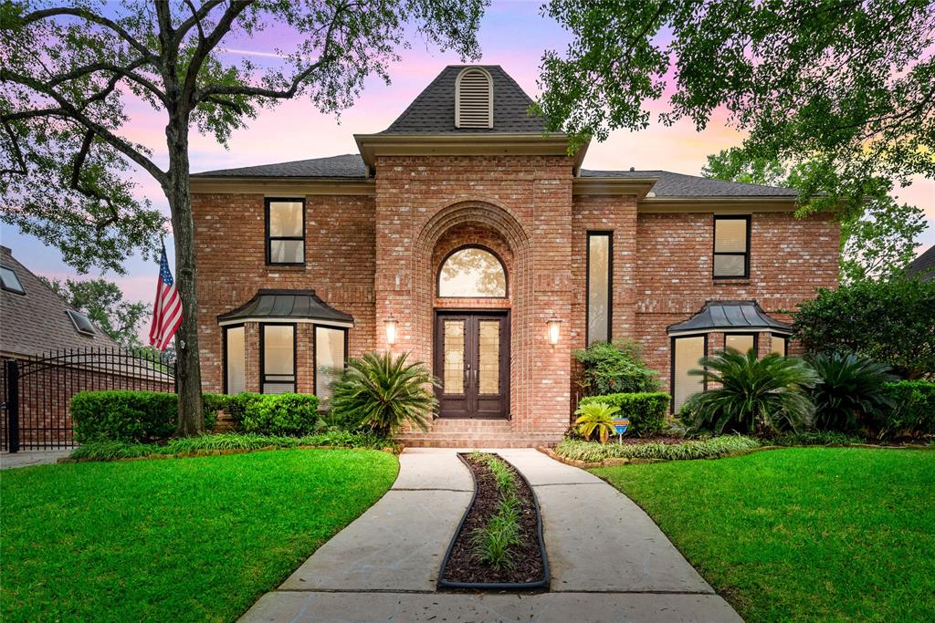 1111 Brecon Hall Drive, Houston, TX 77077