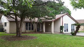 628 Milton Street, Angleton, TX 77515
