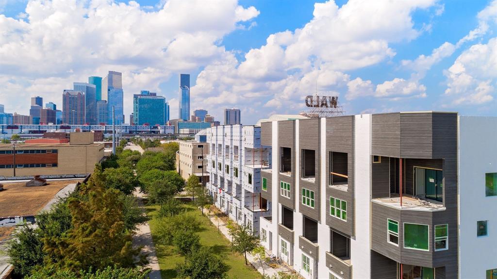 832 Nagle Street, Houston, TX 77003