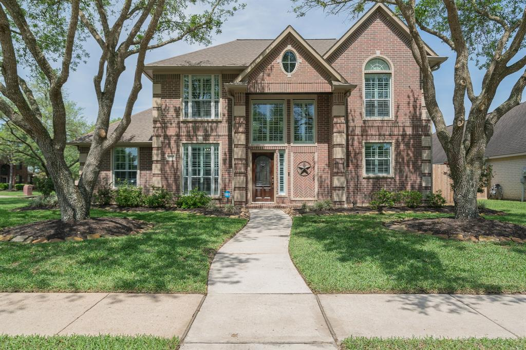 1699 Pensacola Lane, Friendswood, TX 77546