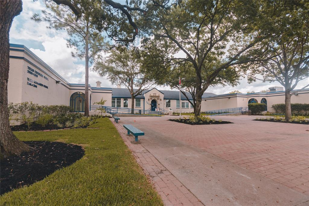 This home is zoned to Field Elementary which is just a short walk away.