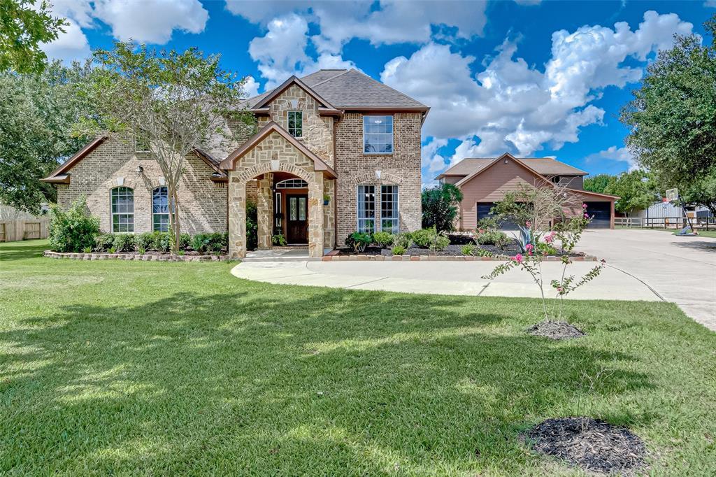 10411 W Hidden Lake Lane, Richmond, TX 77406