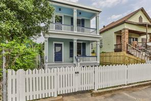 3722 Avenue M 1/2, Galveston, TX 77550