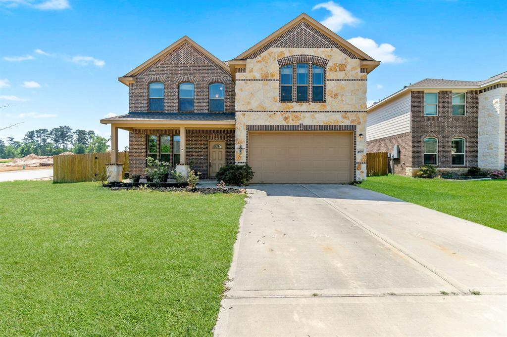 Located just minutes from shopping, dining, and everything Conroe and The Woodlands have to offer, you'll see why Canyon Creek is such a desirable neighborhood! This large two-story, 4 bedroom, 3 and a half bath home with a game room boasts tile floors, large master bathroom with shower and separate tub and separate vanities, an open floor plan, and much more! Relax on the back porch looking out on the large fenced back yard and enjoy all this home has to offer!