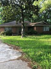 1734 Stonecrest Drive, Houston, TX 77018