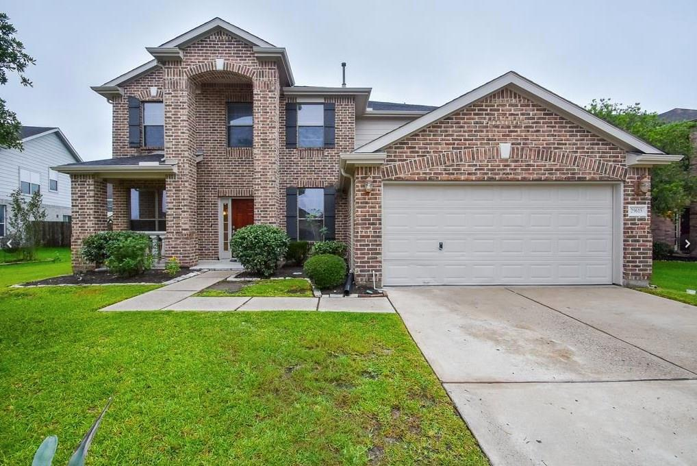 Builder's personal home with custom touches.  Mast is down with private loft prefect for exercise room, study, etc.  Chef's kitchen, open space looking over the living room.  Oversize backyard, covered patio, crown molding, wood floors, ceramic tile and much more.  Come see it today.