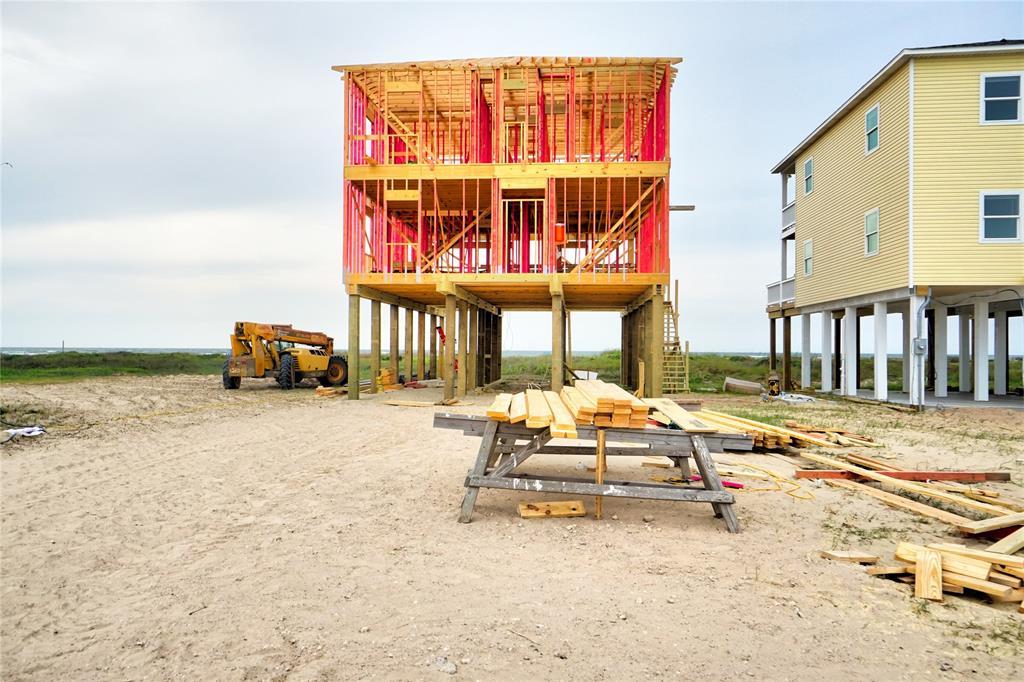 2938 Blue Water Highway, Surfside Beach, TX 77541