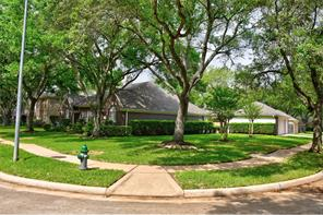 1402 Emmott Drive, Richmond, TX 77406