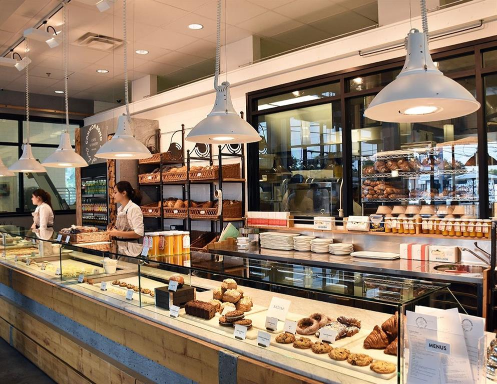 Popular cafe and bakery Common Bond is a short walk away.