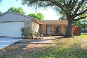 6831 Tara Drive, Richmond, TX 77469
