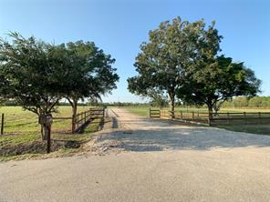 9020 County Road 196, Liverpool TX 77577