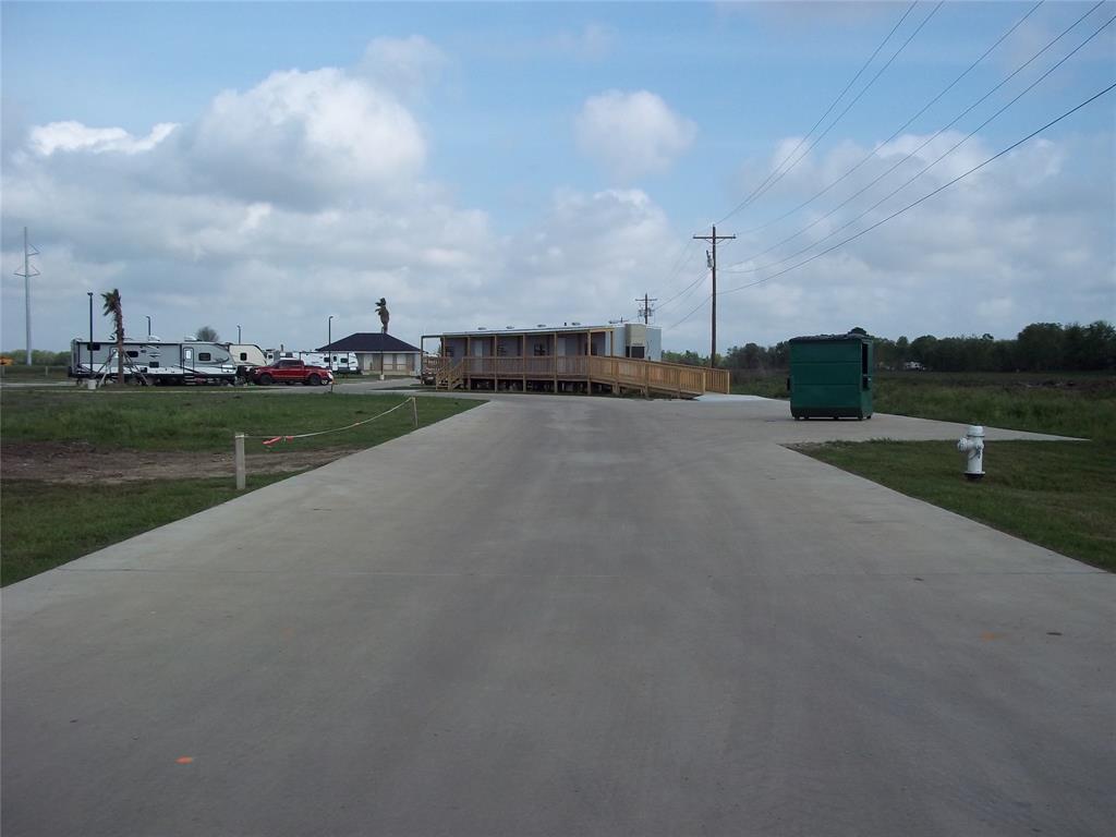 105 Highway 365, Port Arthur, TX 77640