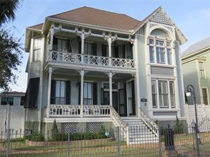 1816 Post Office Street, Galveston, TX 77550