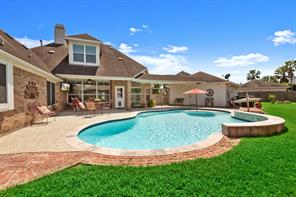 17414 Old Court Drive, Tomball, TX 77377