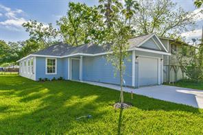 4105 Brown Street, Bacliff, TX 77518