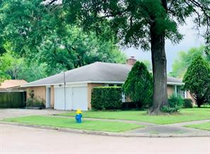 14831 Dogwood Tree, Houston TX 77060