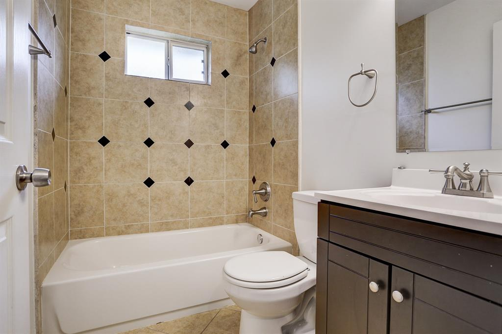 Bathroom for secondary bedrooms.