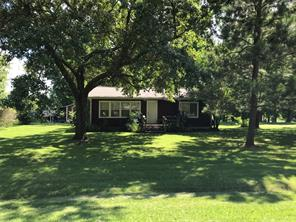 114 River Road, Goodrich, TX 77335