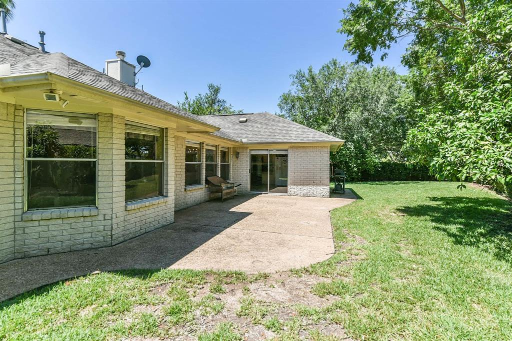 4430 Goldenrod Lane, Missouri City, Texas 77459, 4 Bedrooms Bedrooms, 8 Rooms Rooms,2 BathroomsBathrooms,Single-family,For Sale,Goldenrod,31936990