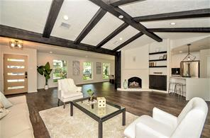 12438 Carriage Hill