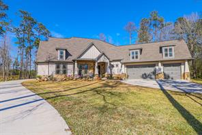 1208 Chateau Woods Parkway, Conroe, TX 77385